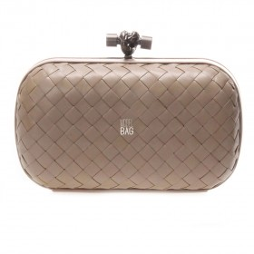 Клатч Bottega Veneta Cnot Leather Beige