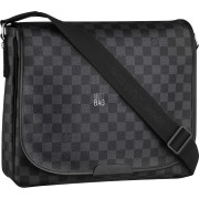 Louis Vuitton Daniel MM Messenger bag