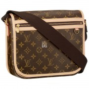 Louis Vuitton Bosphore PM Messenger
